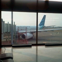 Photo taken at Gate F3 by samgar y. on 7/27/2012