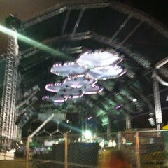 Photo taken at Bayfront Park Amphitheater by Rose D. on 3/22/2012