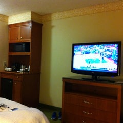 Photo taken at Hilton Garden Inn by Jim B. on 5/12/2012