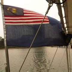 Photo taken at jeti maritim malaysia tanjung puteri stulang laut johor bahru johor by Kyo J. on 4/17/2012
