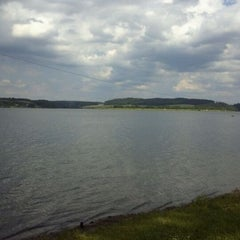 Photo taken at Talsperre Pöhl by Daniel S. on 5/28/2012