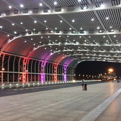 Photo taken at 苏州园区站 Suzhou Industrial Park Railway Station by davidt911 D. on 8/28/2012