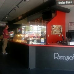 Photo taken at Renzo's Gourmet, South Tampa by Luis F. on 7/13/2012