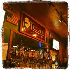 Photo taken at Teddy's Tavern by Isabel M. on 2/12/2012