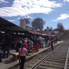 Photo taken at Ferrocarril Chihuahua Pacífico (Chepe) Estación Divisadero by Luis Raul R. on 4/7/2012