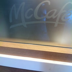 Photo taken at McDonald's by Andre B. on 8/30/2012