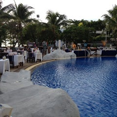 Photo taken at A-One The Royal Cruise Hotel Pattaya by Chanut K. on 5/26/2012