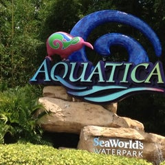 Photo taken at Aquatica Orlando by Carmen on 8/19/2012