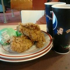 Photo taken at KFC / KFC Coffee by Luthfi F. on 7/6/2012