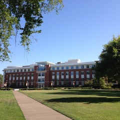 Photo taken at Valley Library (OSU) by Scott G. on 8/11/2012