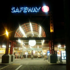 Photo taken at Safeway by Don T. on 8/29/2012