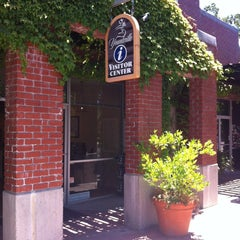 Photo taken at Yountville Visitors Center by Yacchy on 6/10/2012