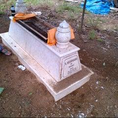 Photo taken at Makam Alm. H. Husin Kasah by Ihwanudin H. on 3/8/2012