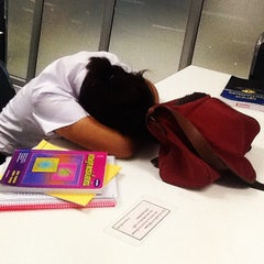 Photo taken at ห้องสมุดคณะนิติศาสตร์ (Faculty of Law Library) by tanthawat l. on 7/23/2012