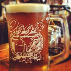 Photo taken at Oggi's Pizza & Brewing Co. by Steve A. on 4/14/2012