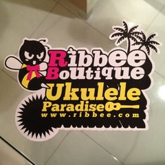 Photo taken at Ukulele Music Room by rEDdEVILS™ a. on 5/28/2012