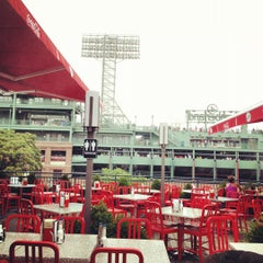 Photo taken at Jerry Remy's Sports Bar & Grill by Tom B. on 7/7/2012