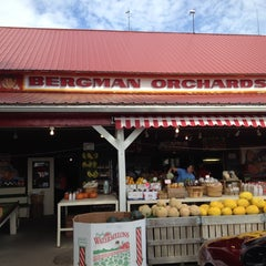 Photo taken at Bergman Orchards by Laurel D. on 9/1/2012