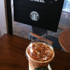 Photo taken at Starbucks (สตาร์บัคส์) by PaAnG~ on 5/12/2012