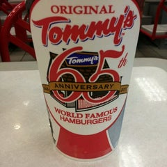 Photo taken at Original Tommy's Hamburgers by Nicole H. on 6/10/2012