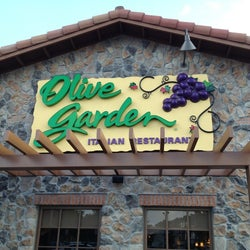 Olive Garden corkage fee