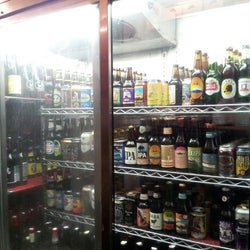 Red House Beer, Wine Shoppe & Tapas Bar corkage fee
