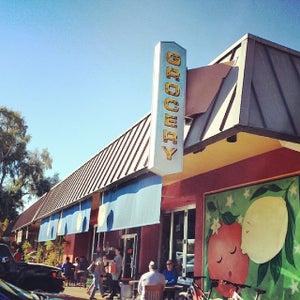 La Grande Orange Grocery & Pizzaria