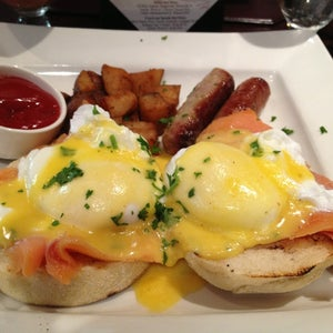 The 15 Best Places for Brunch Cocktails in Boston