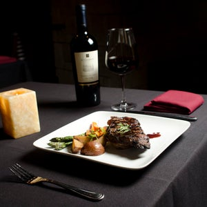 Fahrenheit Ultra Lounge & Restaurant