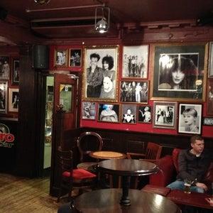 jimmy, gay bar