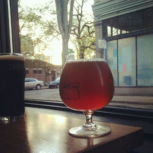 The 15 Best Places for Draft Beer in Portland