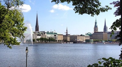 Photo of Lake Binnenalster at Jungfernstieg, Hamburg 20354, Germany