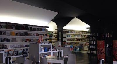Photo of Bookstore Livraria Almedina at Estádio Cidade De Coimbra, Coimbra, Portugal