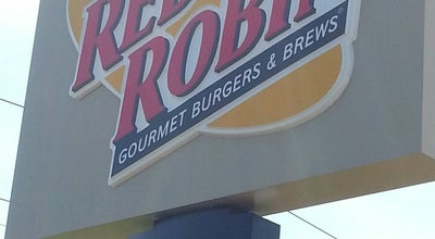 Photo of Burger Joint Red Robin Gourmet Burgers at 2881 S Veterans Pkwy, Springfield, IL 62704, United States