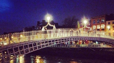 Photo of Bridge The Ha'penny (Liffey) Bridge at Droichead Na Leathphingine, Dublin 1, Ireland