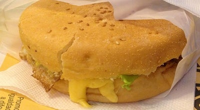 Photo of Burger Joint Yellow Burguer at Rua Guaraci - Ed. Pindorama, Capão da Canoa 95555-000, Brazil