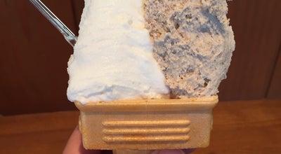 Photo of Ice Cream Shop さんこうえん砂丘店 at 福部町湯山2164−807, tottori, Japan