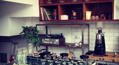Photo of Coffee Shop Lot Sixty One Coffee Roasters at Kinkerstraat 112, Amsterdam 1053 ED, Netherlands