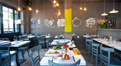 Photo of Modern Greek Restaurant Χρύσα Χρύσα at Αιολέων 40, Athens 118 52, Greece