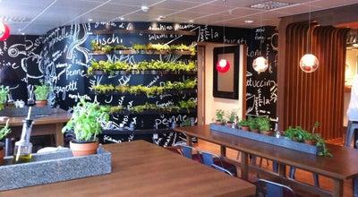 Photo of Italian Restaurant Vezzo at Skolgatan 64, Umeå 903 29, Sweden