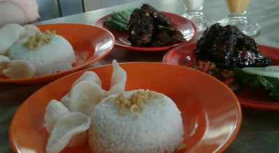 Photo of Fried Chicken Joint Ayam Pak Usu at Jl. Moch. Sohor, Pontianak, Indonesia