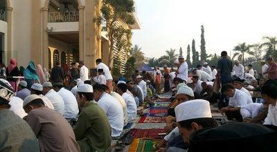 Photo of Mosque Masjid Hasanuddin Madjedie at Jl. Brigjend Hasan Basry, Banjarmasin, Indonesia