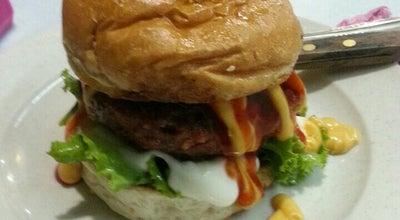 Photo of Burger Joint Burger Abah Den at Semarak 8, Seremban 70400, Malaysia