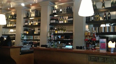Photo of Wine Bar Wicked Wines at Bazarstraat 42, Den Haag 2518 AK, Netherlands