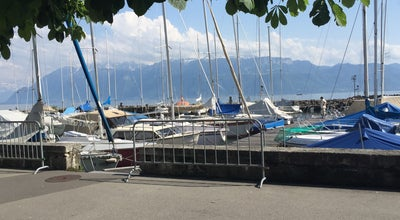 Photo of Lake Lac de Genève at Switzerland