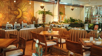 Photo of Cafe Marakamé at Av. Xpuhil, Cancún 77500, Mexico