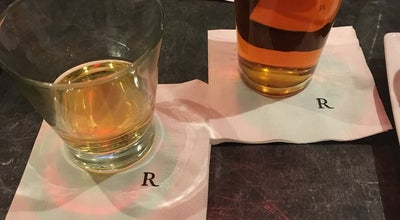 Photo of Hotel Bar Renaissance Club Lounge at Renaissance Newark Airport Hotel, Elizabeth, NJ 07201, United States