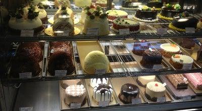 Photo of Bakery LA Bonbonniere Bake Shoppe at 2062 State Route 27, Edison, NJ 08817, United States