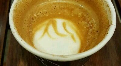 Photo of Cafe 新潟珈琲問屋 THE BAROQUE at 中央区万代島2, 新潟市 950-0078, Japan
