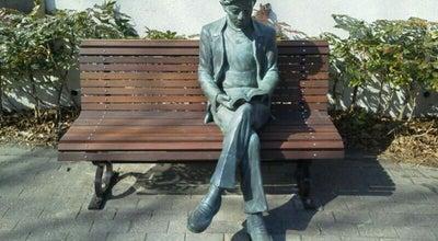 Photo of Art Gallery 成瀬駅近くのベンチに座る銅像 at 南成瀬一丁目1, 町田市, Japan